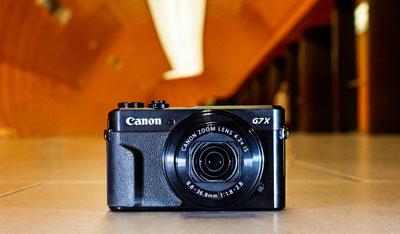 Digitální kompakty Canon