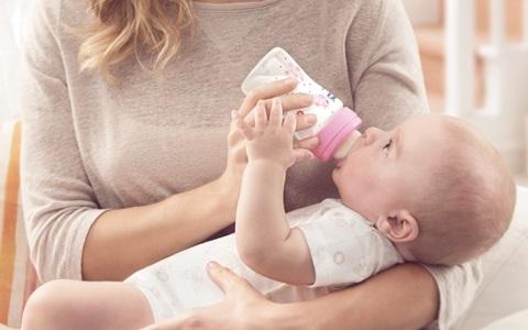 Krmení a kojení Chicco