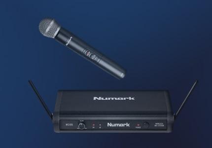 Zvuková karta a mikrofon Numark