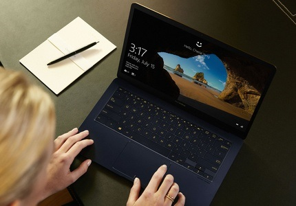 Stylový notebook Asus ZenBook 3 Deluxe