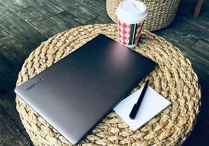 Notebooky UMAX VisionBook