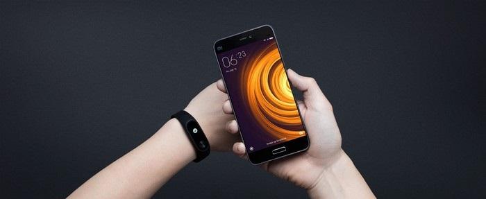 Xiaomi Mi Band 2 - spojenie s inteligentným telefónom