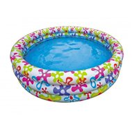 A children's pool with flower