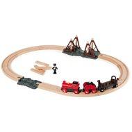 Brio Zug setzt mit einer Dampflokomotive - Modell-Eisenbank
