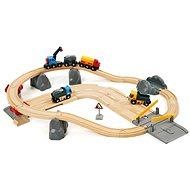 Brio Zug setzt mit exp. Bahnunterführung und Straßen