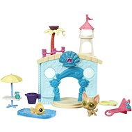Littlest Pet Shop Water park with 2 animals