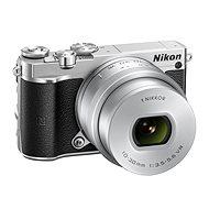 Nikon 1 J5 + 10-30mm strieborný