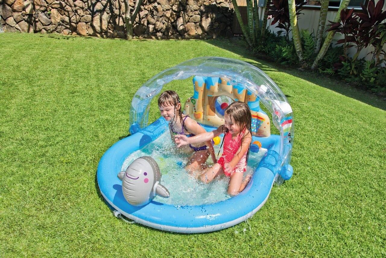Aufblasbarer pool l ndliche gegend pool for Aufblasbarer pool