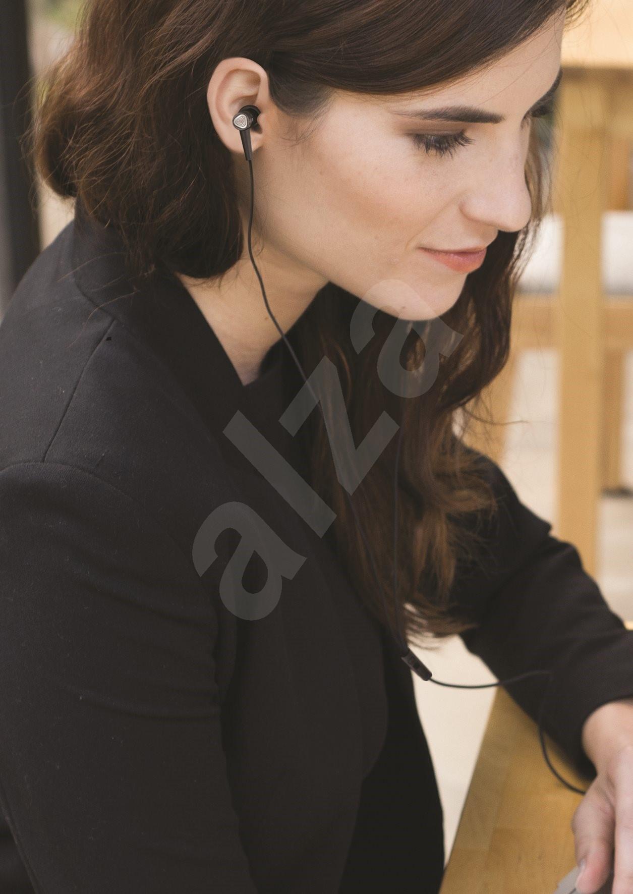 creative aurvana in ear 2 in ear kopfh rer. Black Bedroom Furniture Sets. Home Design Ideas