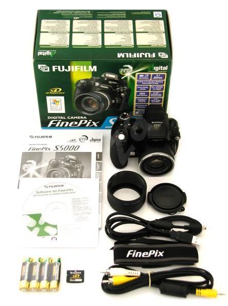 Fujifilm finepix s5000 ccd hr 6 mil bod pro for Fujifilm finepix s5000 prix