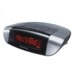 Rádiobudík GRUNDIG SonoClock 660 stříbrno-černý (SonoClock 660 silver black)