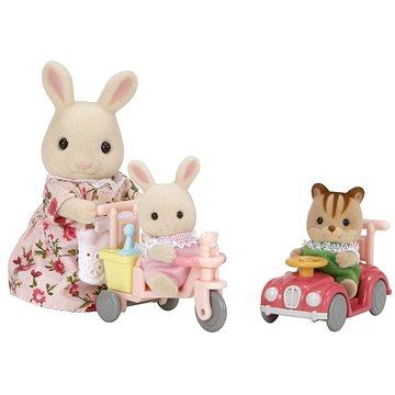 Sylvanian Families Mamka bílý králík s hrajícími si mláďaty (5054131050408)