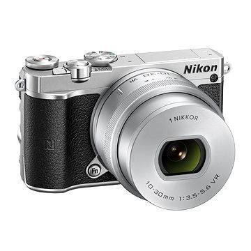 Nikon 1 J5 + 10-30mm stříbrný (VVA243K001) + ZDARMA Brašna na fotoaparát Lowepro Format 110 černý